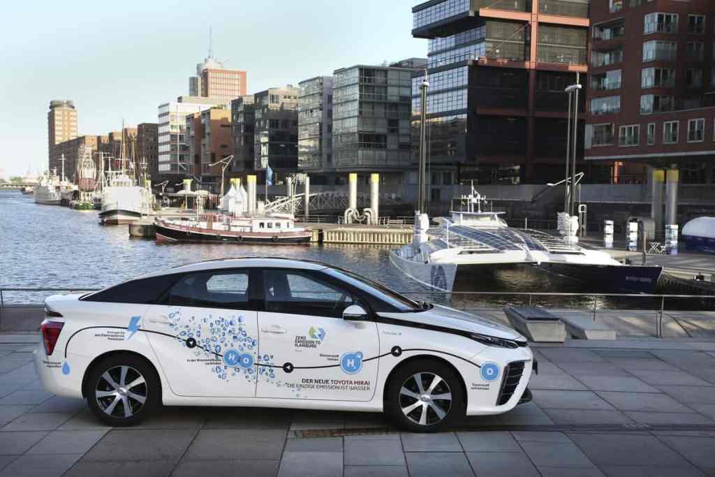Toyota Mirai mit Brennstoffzellenantrieb