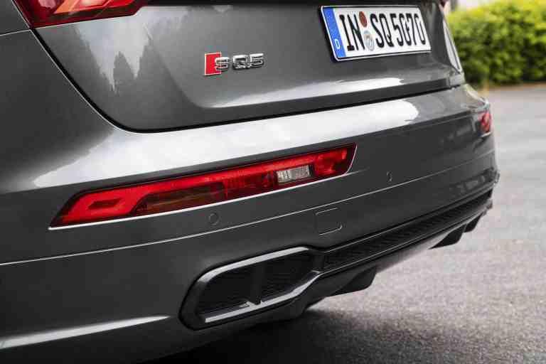 Audi SQ5 Auspuffrohr