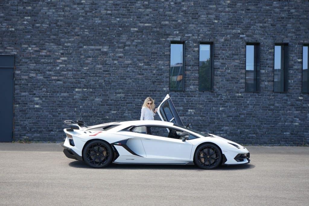 Lamborghini Aventador SVJ , Nina Weizenecker
