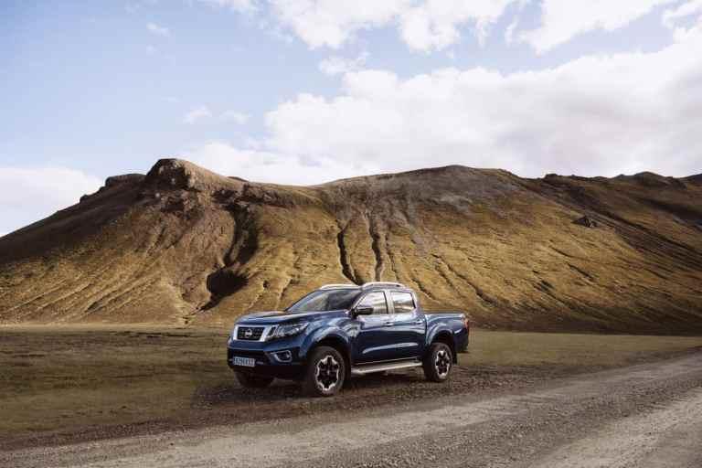 Nissan Navara Double Cab_Blue_Iceland_Static 1-1200x800