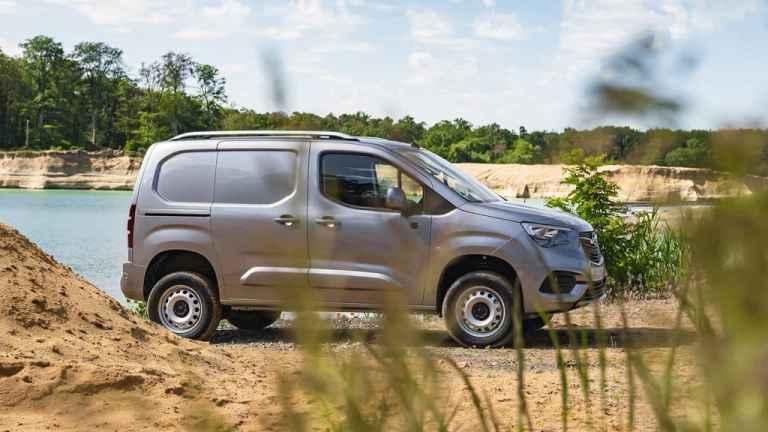 Der Opel Combo Cargo kann jetzt auch kraxeln
