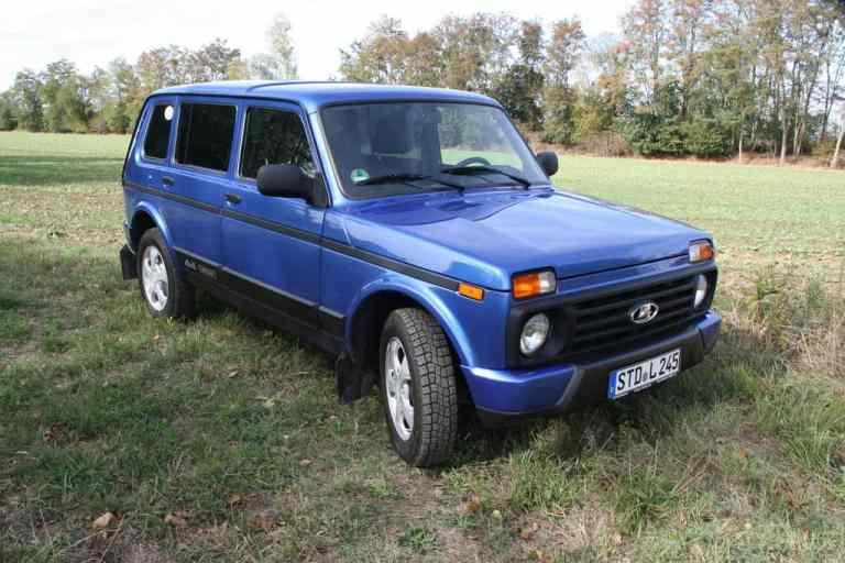 Lada 4x4 Urban 5-Türer.