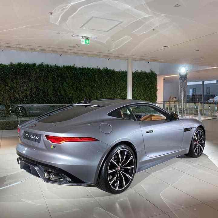 (MY2020) Jaguar F-Type R Coupé 4x4 (575 PS)