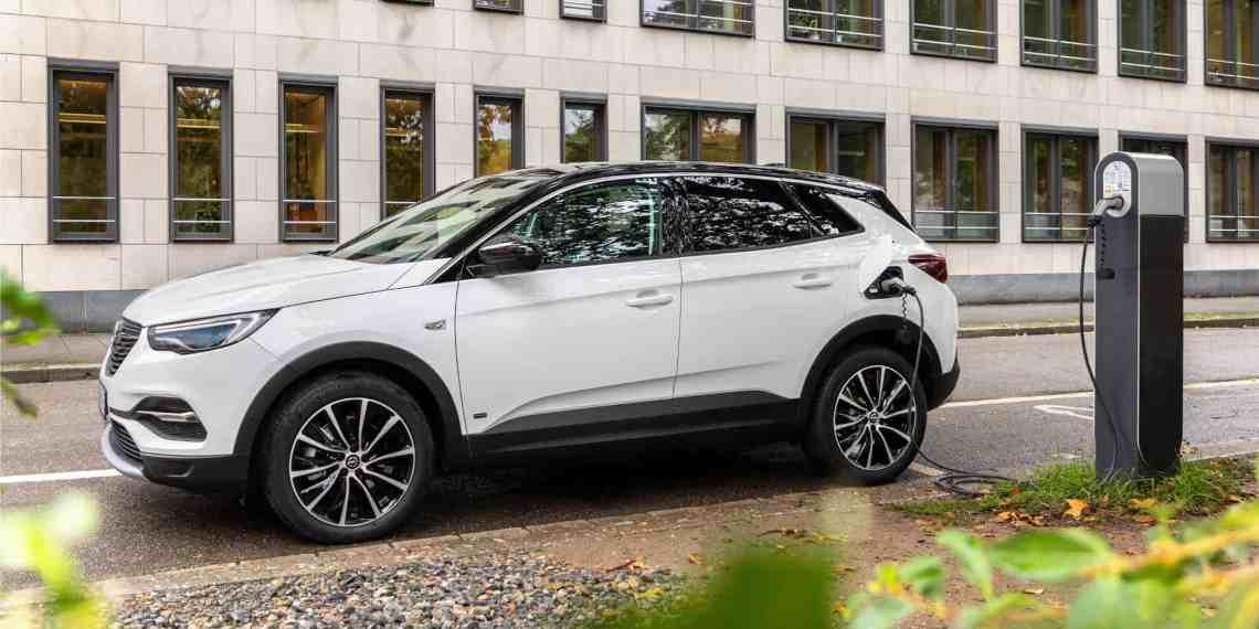 Opel Grandland X Plug-in-Hybrid jetzt auch als Fronttriebler