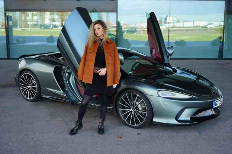McLaren GT Coupe, Nina Weizenecker
