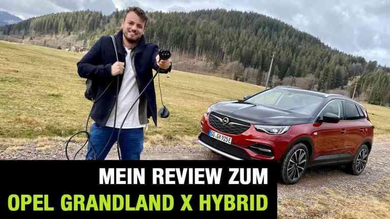Der neue Grandland X Hybrid4 (300 PS), Jan Weizenecker