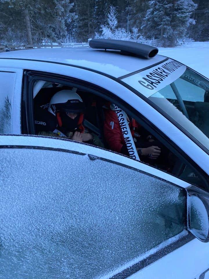 Driften lernen mit Heck- und Allradantrieb auf Schnee, Eis und Asphalt - Grundlagen