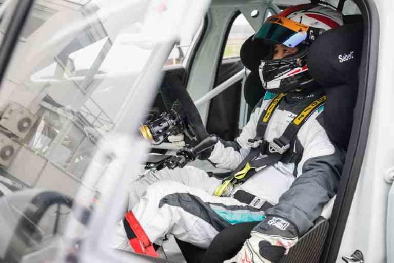 Takuma Aoki fährt den Jaguar I-Pace e-Trophy.