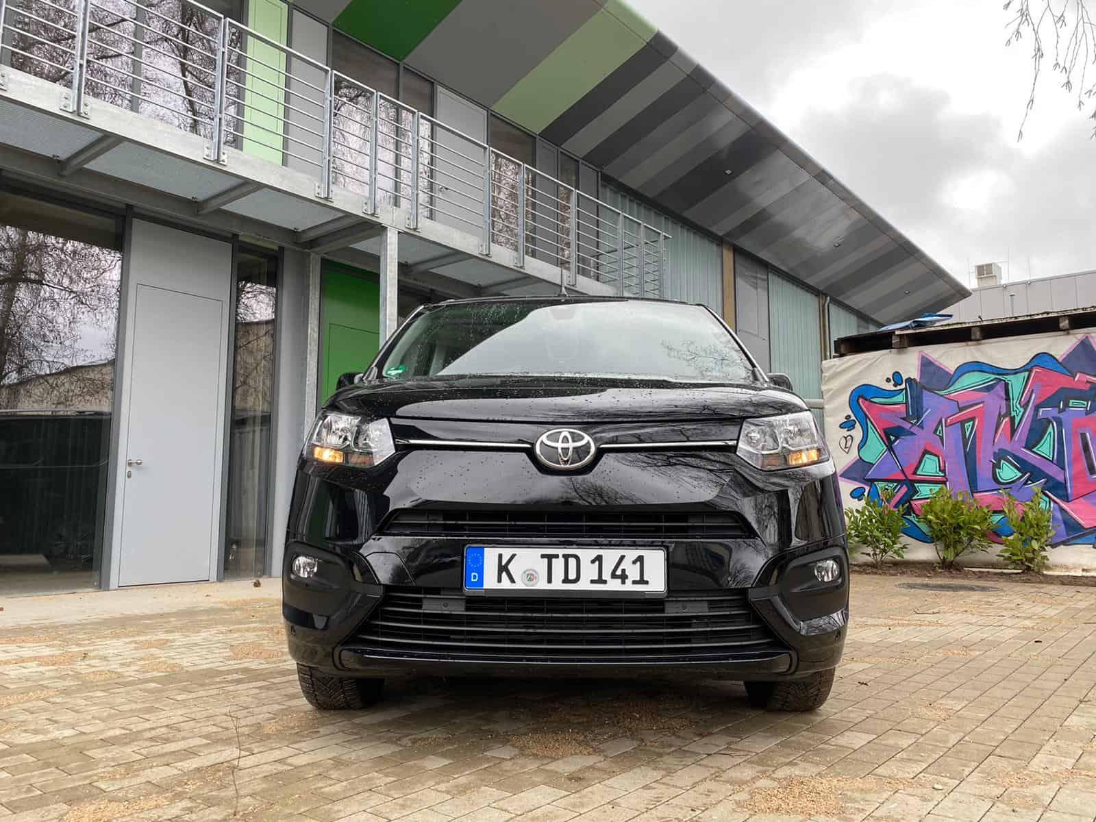 Neuer Toyota Proace City Kastenwagen (130 PS) - Fahrbericht im Video
