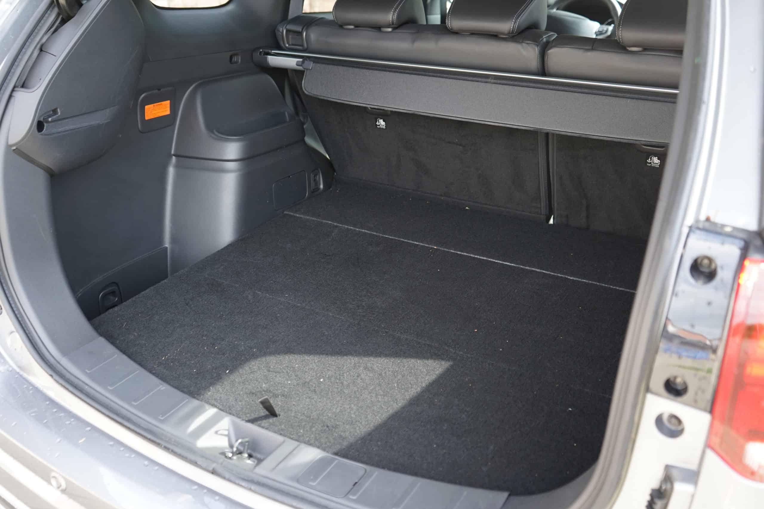 (2020) Mitsubishi Outlander Plug-in Hybrid