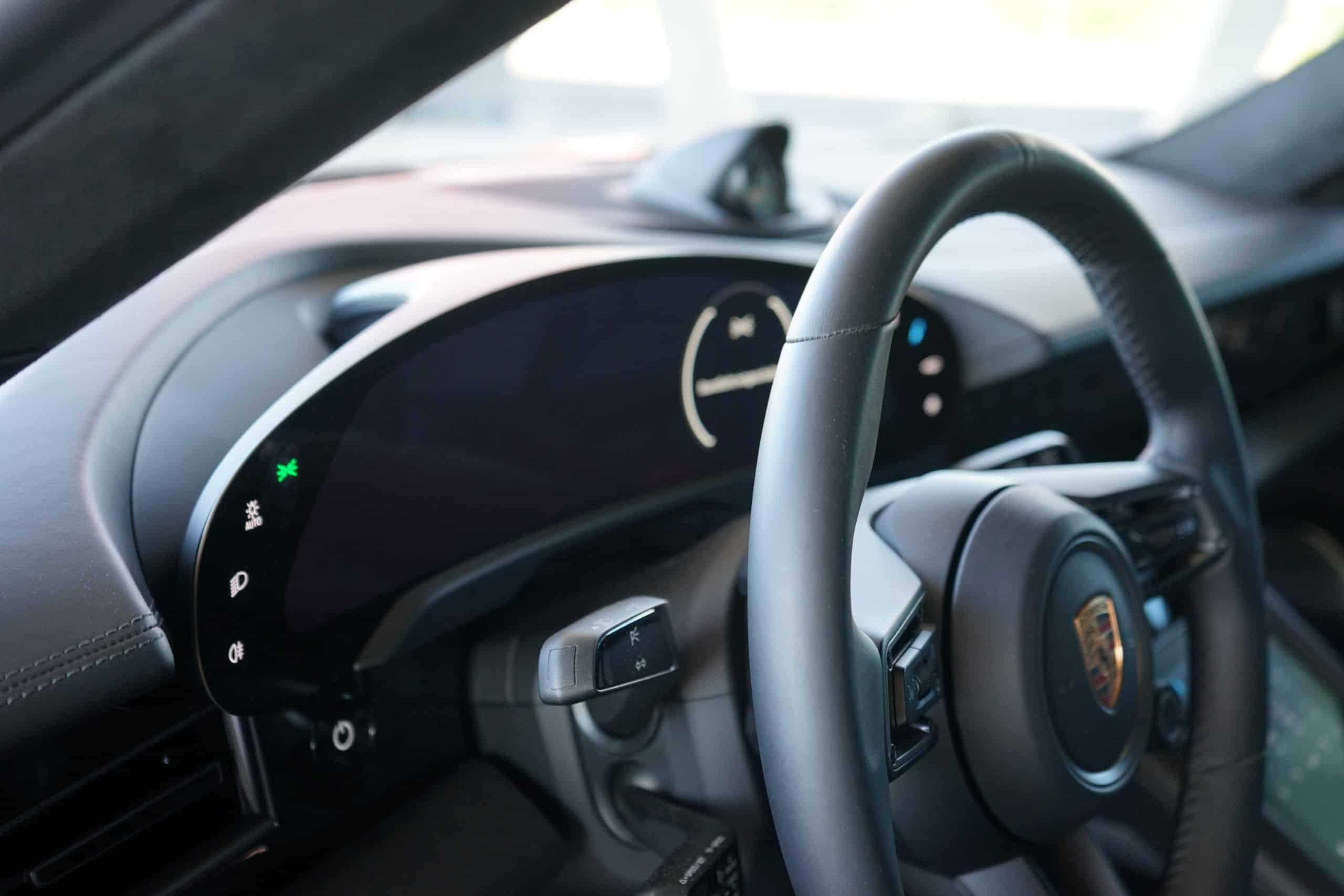 (2020) Porsche Taycan 4S - Der schwäbische Elektro- Einstieg