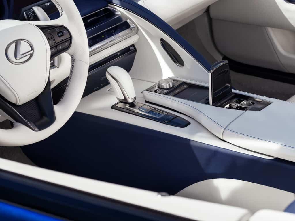 Lexus LC Cabriolet.