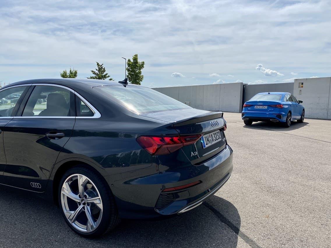 "2020 Audi A3 Limousine 35 TDI ""S line"" vs. 35 TFSI ..."