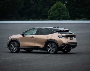 Nissan kündigt Elektroauto Ariya mit bis zu 394 PS an