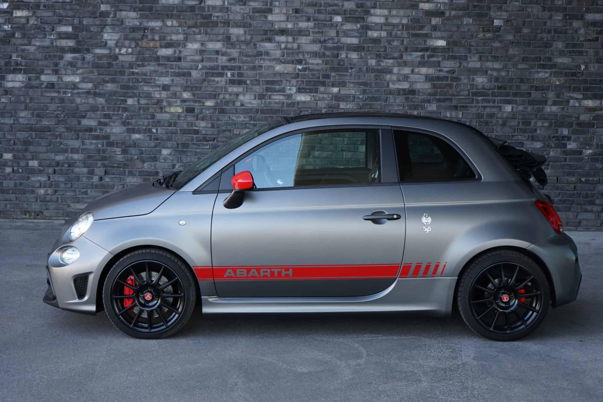(2020) Abarth 595 Competizione Cabrio 70° Anniversario - Mini-Ferrari? - Test I POV I Sound