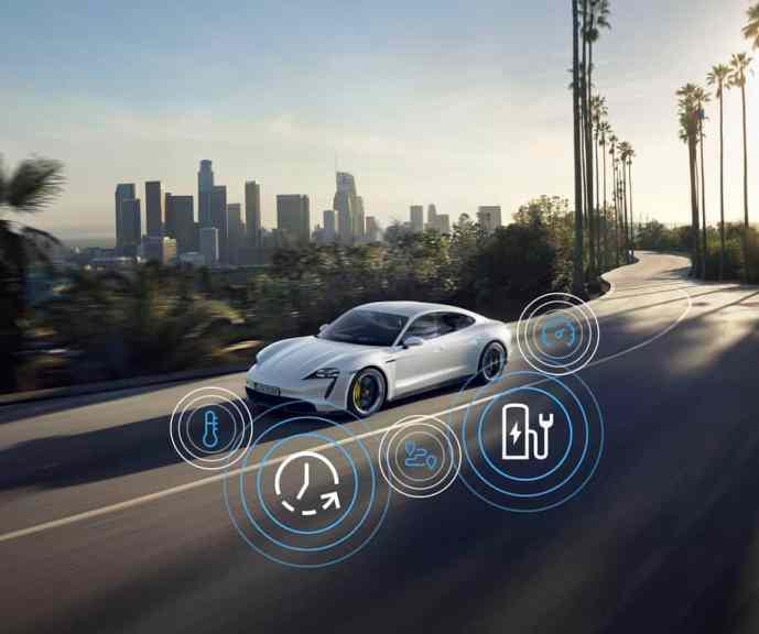 Porsche Intelligent-Range-Manager im Tacan Turbo S.