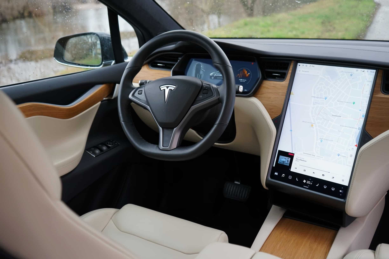Tesla Model X Innenraum
