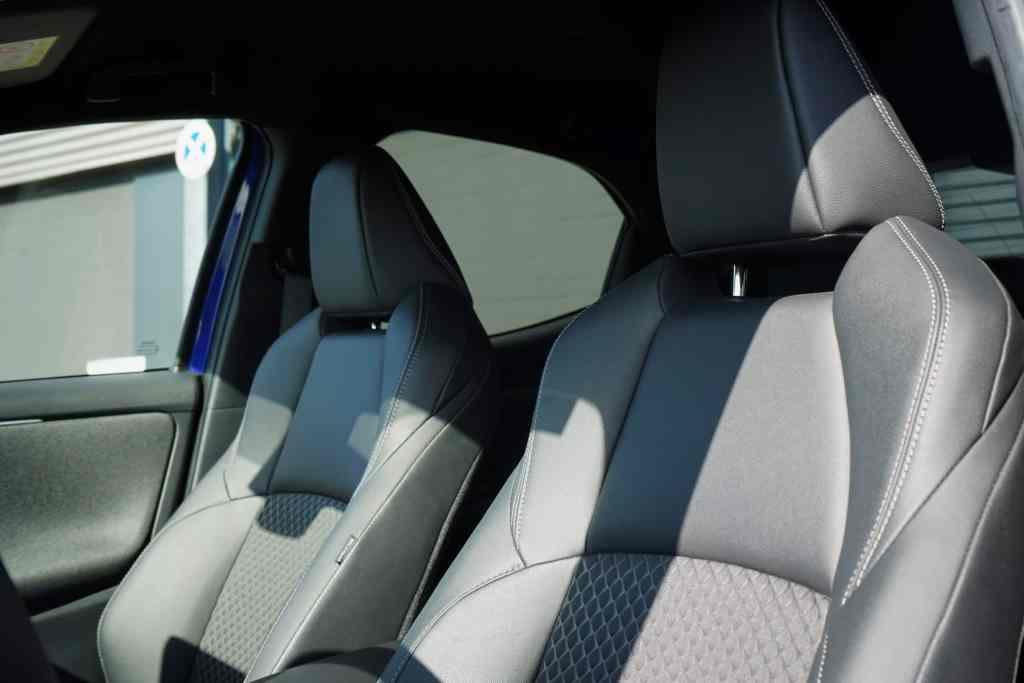Toyota Yaris Hybrid (2021), Sitze