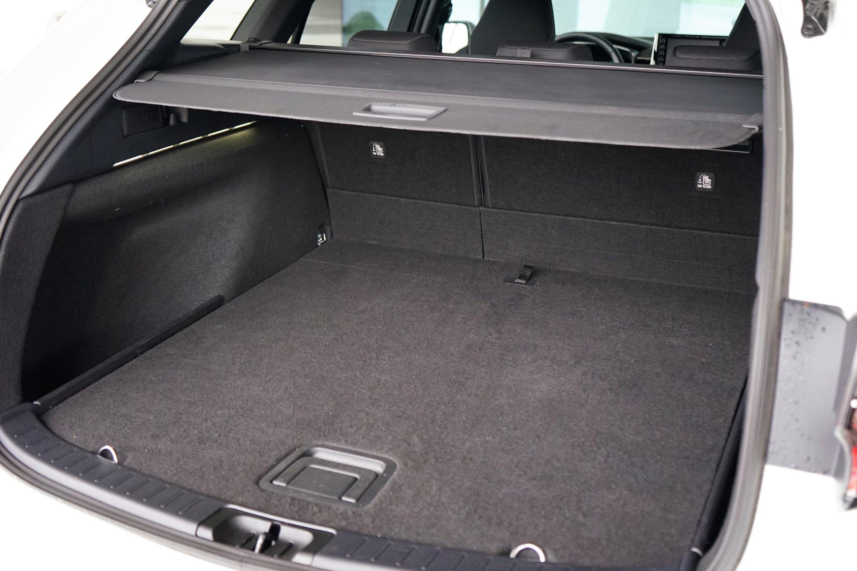 (2021) Suzuki Swace HYBRID , Kofferraum