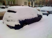 Wie der Mann sein Auto winterfest macht – Licht und Sicht
