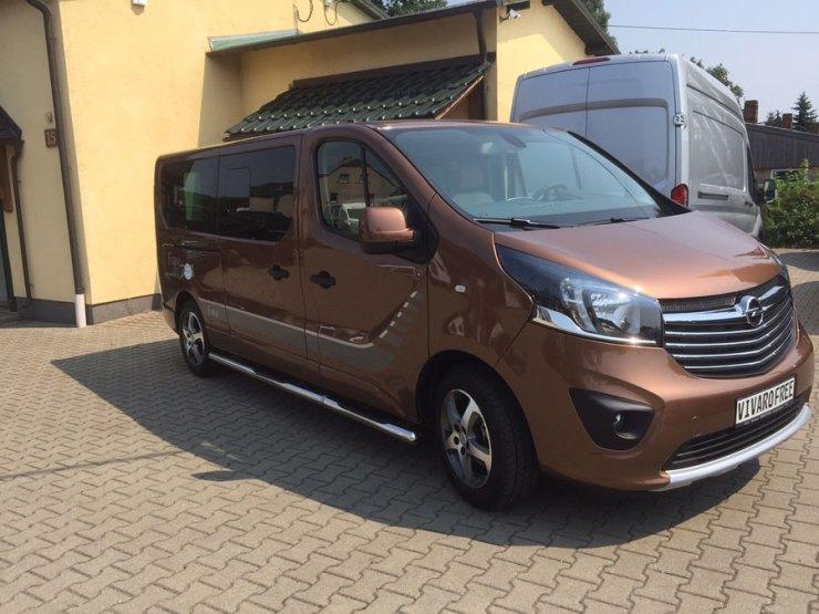 Opel-Vivaro-als-Lifestyle-Variante_-(3)
