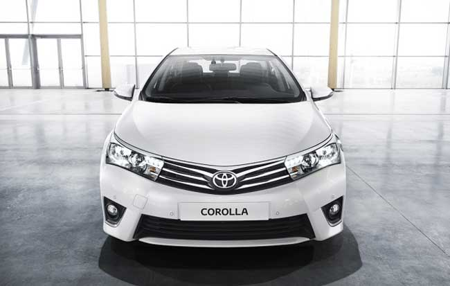 toyota-corolla-2014-front
