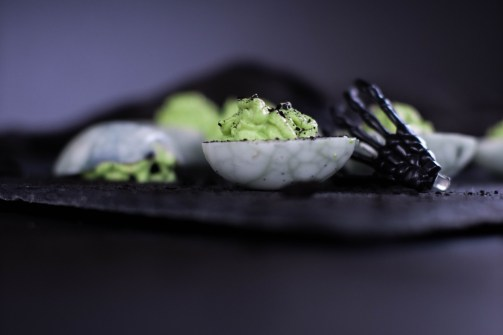 rezept-spinneneer-halloween-russische-eier-gruen-wasabi-ei-gruselig-12