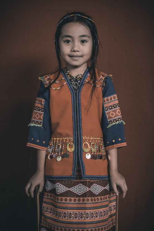 cute asian girl in traditional clothes