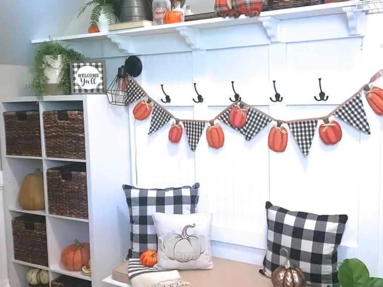 Fall and Autumn Mudroom Halloween Decor