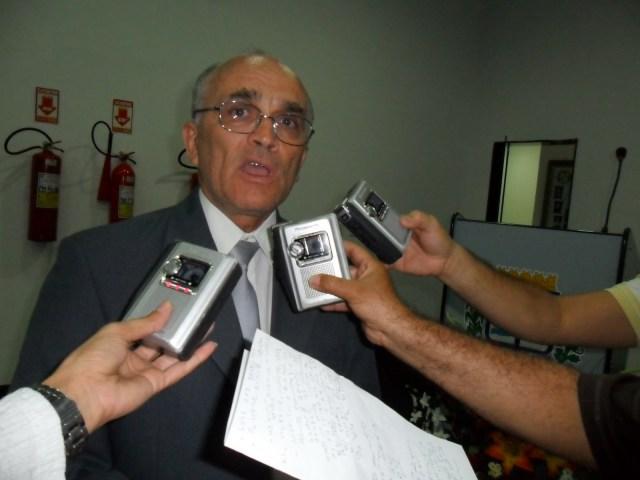 Bomba: áudios denunciam que prefeito interino de Patos comprou vereadores para permanecer na prefeitura; ouça