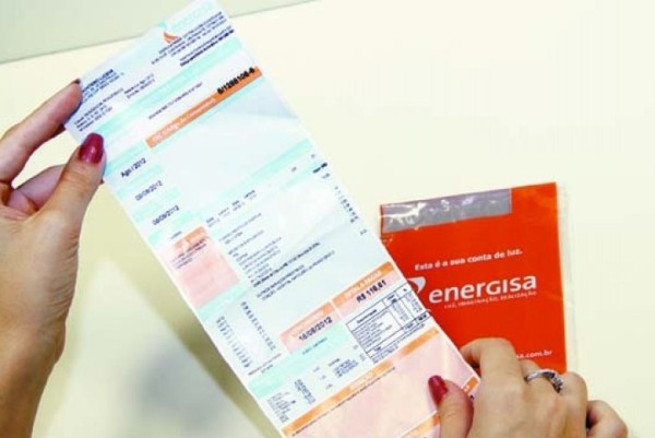 Aneel diz que conta de energia não terá cobrança de taxa extra em dezembro