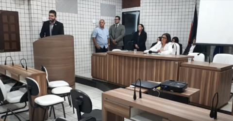 Cabedelo: vereadores ligados a Vitor Hugo não compareceram a sessão extraordinária convocado pela presidente da Casa