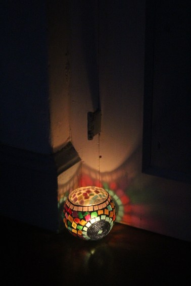 La primera practica se hizo a la luz de las velas