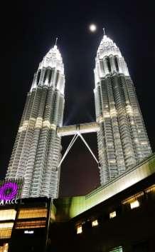 De Petronas Twin Towers in volle glorie.