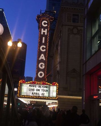 """#downtown #chicagotheater #chicago #moveliveontour #derekhough #juliannehough"" Courtesy irock__23"