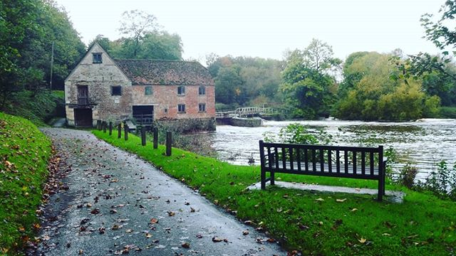 #autohash #UnitedKingdom #England #tree #architecture #nature #old #mill  #grass #outdoors #water #river #travel #traveling #visiting #instatravel #instago #house #sky #park #landscape #bridge #tourism #wood #building #garden - from Instagram