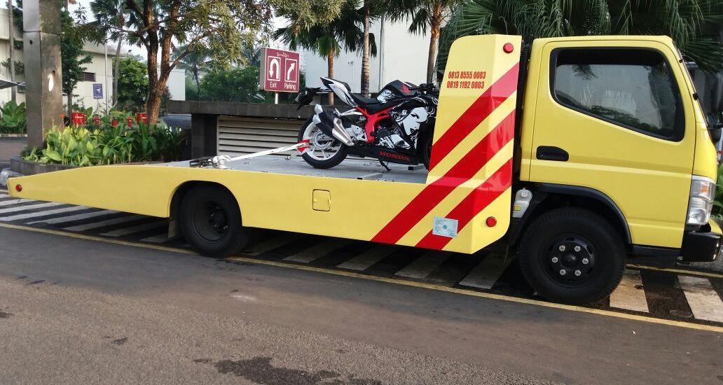 Jasa Mobil Derek Jakarta Barat 081385550003 Derek Mobilindo