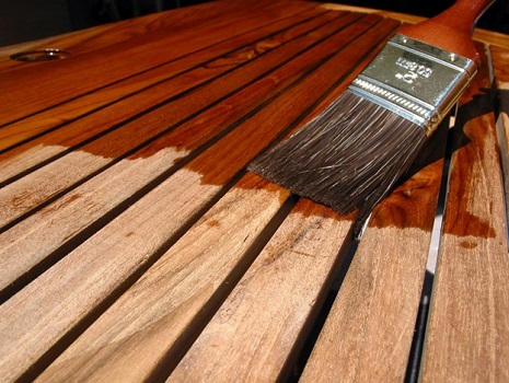 защита дерева от влаги и гниения народными средствами