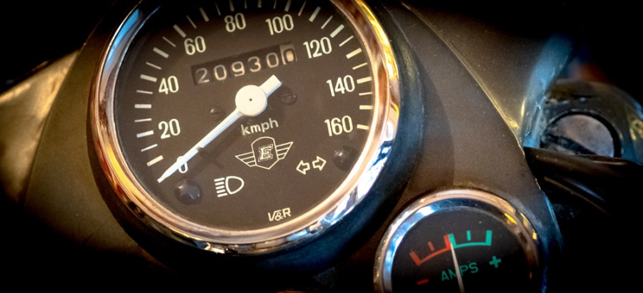 Indian Enfield: Tachometer, Ampermeter derhalbhartemann.com