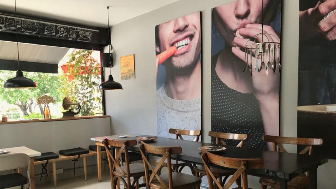 Medellin Kolumbien: Gut essen im Restaurant Uno mas uno