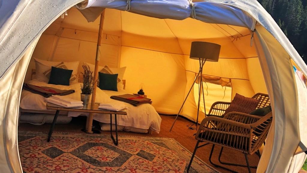 Glamping für Anfänger: Zelt im TCS Glamping Laax, Alp Plaun
