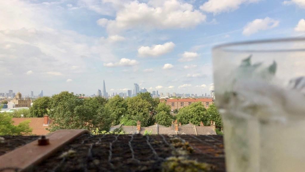 Frank's Daiquiri, auf dem Parkhaus-Dach, London Süd