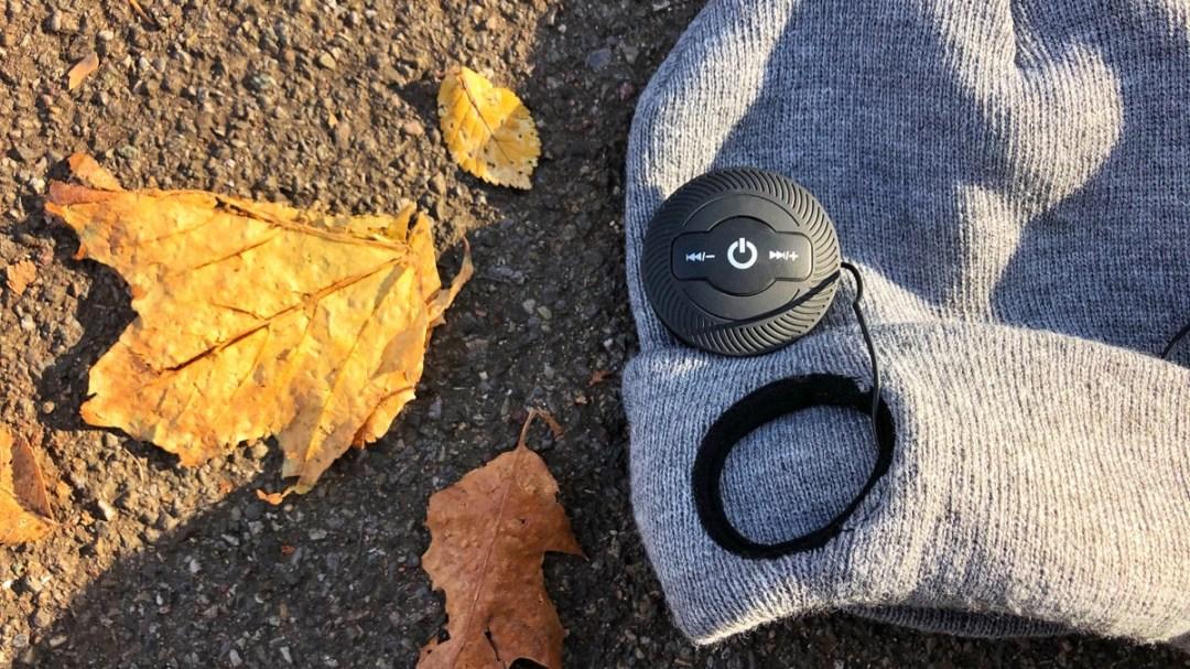 Wintermütze mit Kopfhörer, LED-Licht und Telefonie