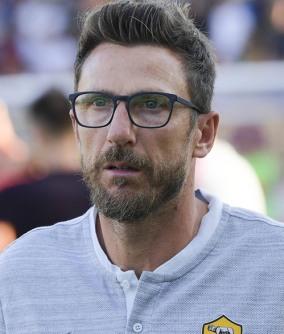 Confermati ilic e barak, novità montipò. Die Zeit Ist Um Roma Coach Eusebio Di Francesco Giallorossi Trennen Sich Wie Erwartet Von Ihrem Trainer Kicker