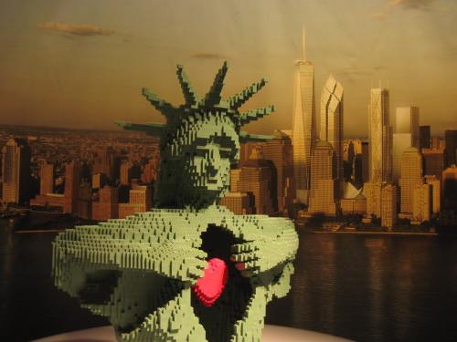 Miss Liberty aus Legosteinen