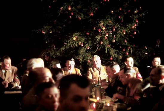 inside-a-nazi-christmas-party-hosted-by-adolf-hitler-1941-2