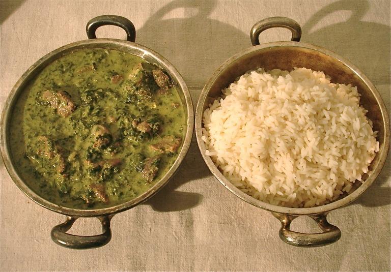 Lammcurry mit Spinat und Reis