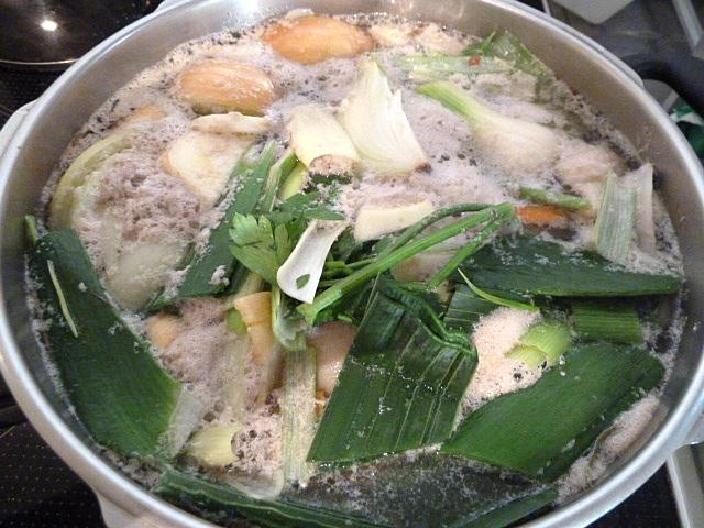 Suppe abschäumen