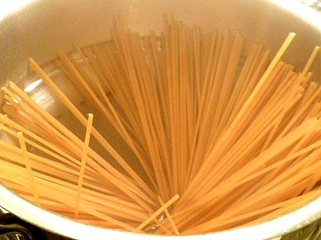 Bigoli ca. 12 Minuten kochen