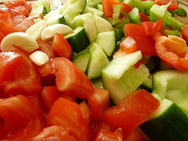 Gemüse kleinschneiden